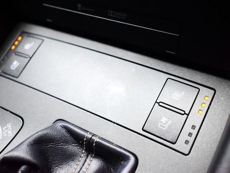 Lexus RC 200T F SPORT 14