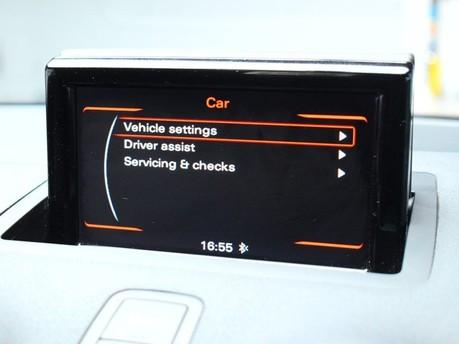 Audi A1 TFSI SE 11