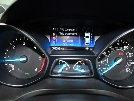 Ford Kuga 2.0 ST-LINE TDCI 5d 177 BHP 12