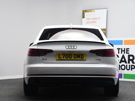 Audi A4 TFSI S LINE BLACK EDITION 5