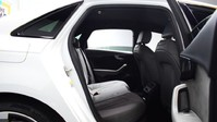 Audi A4 TFSI S LINE BLACK EDITION 8