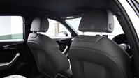 Audi A4 TFSI S LINE BLACK EDITION 10