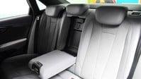 Audi A4 TFSI S LINE BLACK EDITION 16