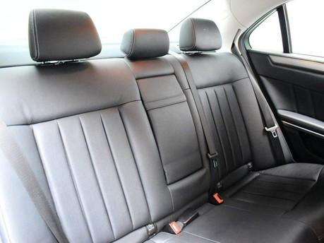 Mercedes-Benz E Class E220 CDI SE 25