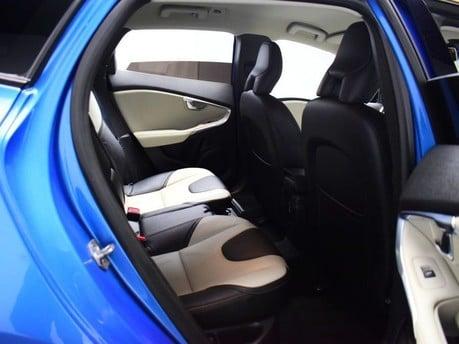 Volvo V40 D3 CROSS COUNTRY LUX NAV 7