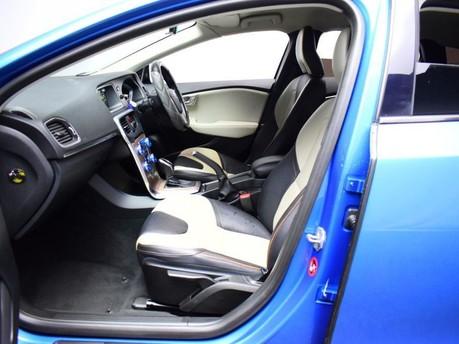 Volvo V40 D3 CROSS COUNTRY LUX NAV 8