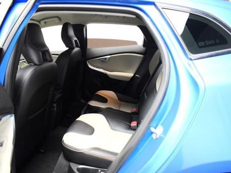 Volvo V40 D3 CROSS COUNTRY LUX NAV 9