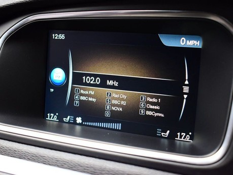 Volvo V40 D3 CROSS COUNTRY LUX NAV 13