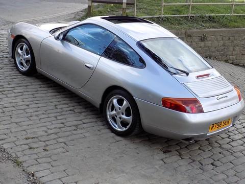 Porsche 911 CARRERA TIPTRONIC S 29