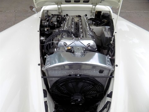 Jaguar XK XK120 OTS Roadster 4