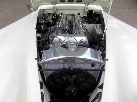 Jaguar XK XK120 OTS Roadster 7