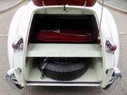 Jaguar XK XK120 OTS Roadster 32