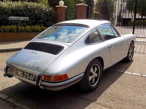 Porsche 911 911L 2.0 SWB 18