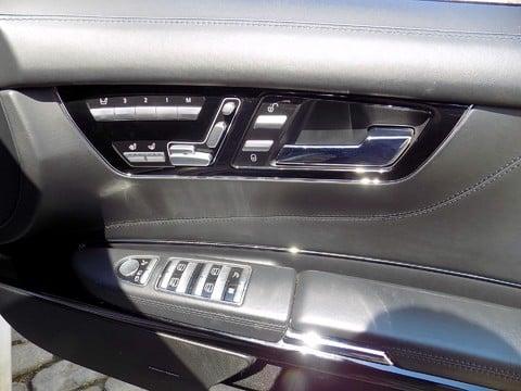 Mercedes-Benz CL CL63 AMG 40