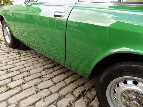 Alfa Romeo GTV 2000 GT Veloce 16