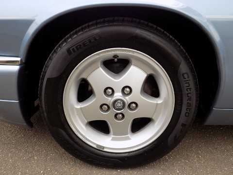 Jaguar XJS 4.0 CONVERTIBLE 36