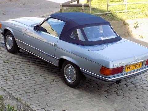 Mercedes-Benz SL Series 280 SL 19