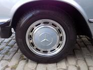 Mercedes-Benz SL Series 280 SL 23