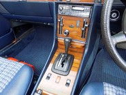 Mercedes-Benz SL Series 280 SL 29