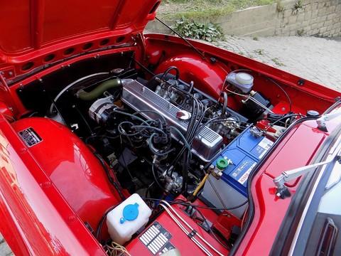 Triumph TR6 150bhp 8