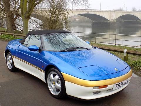 Lotus Elan SE Turbo 1