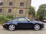 Porsche 911 993 CARRERA 2 28