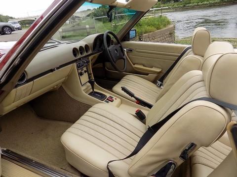 Mercedes-Benz SL Series 350 SL 5