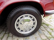 Mercedes-Benz SL Series 350 SL 31