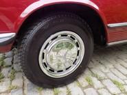 Mercedes-Benz SL Series 350 SL 32