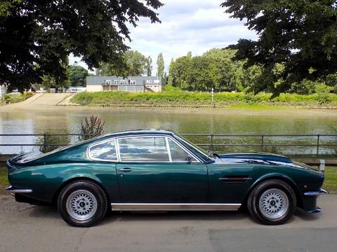 Aston Martin V8 Series 3 3