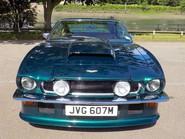 Aston Martin V8 Series 3 15
