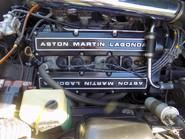 Aston Martin V8 Series 3 46
