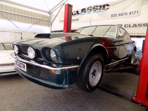 Aston Martin V8 Series 3 52