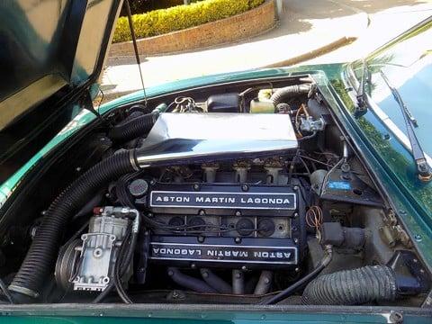 Aston Martin V8 Series 3 61