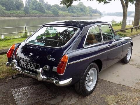 MG BGT V8 by CCHL 4