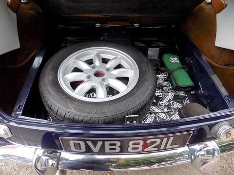 MG BGT V8 by CCHL 10