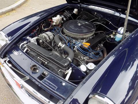 MG BGT V8 by CCHL 44