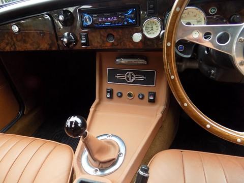 MG BGT V8 by CCHL 55