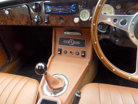 MG BGT V8 by CCHL 2