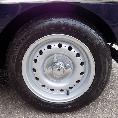 MG BGT V8 by CCHL