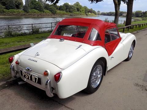 Triumph TR3 TR3A 4