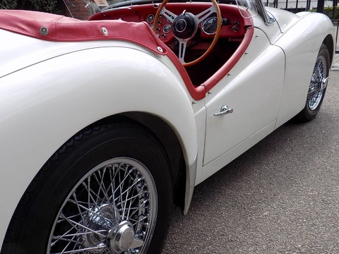 Triumph TR3 TR3A 28