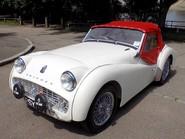 Triumph TR3 TR3A 38