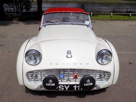 Triumph TR3 TR3A 41