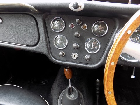 Triumph TR3 TR3A 53