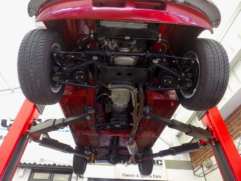 MG B V8 ROADSTER 15