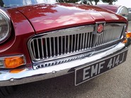 MG B V8 ROADSTER 28