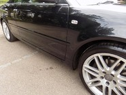 Audi A4 3.0 TDI QUATTRO DPF 32