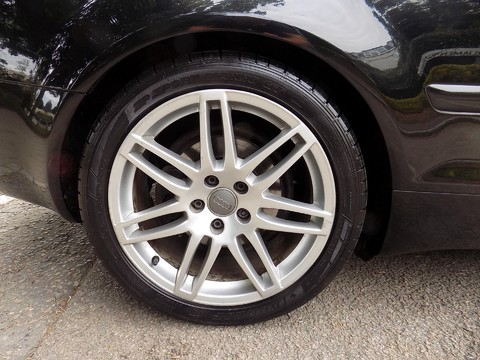 Audi A4 3.0 TDI QUATTRO DPF 38