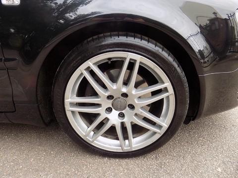 Audi A4 3.0 TDI QUATTRO DPF 39